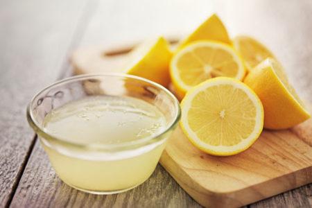 犬にレモン汁