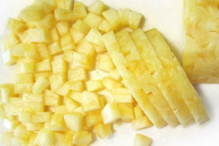 犬パイナップルの与え方